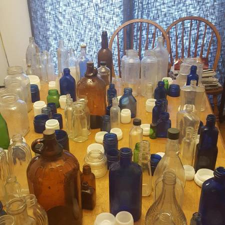 Photo cobalt bottles jars ..milk glass crystal. - $5 (Forest Hill)