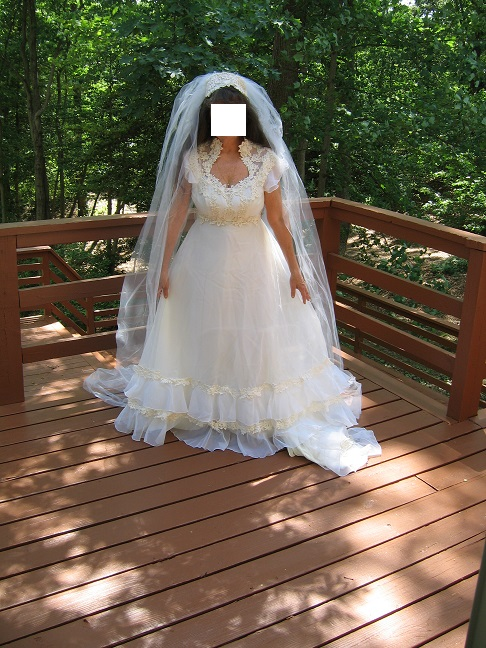 Photo $50Best Offer-White Organza  Lace Wedding Dress w Camelot Cap Veil  (Size 6 or 8)