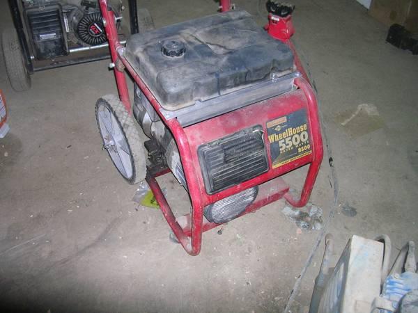 Photo wheelhouse generator 8500 surge watt runs perfect - $350 (parkville)