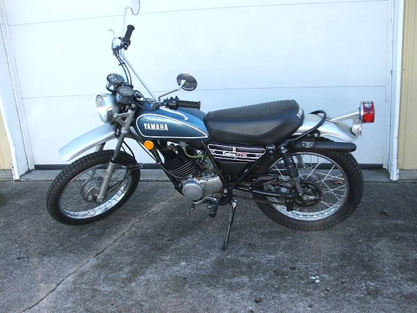Photo 1974 YAMAHA DT 175 A ENDURO - $1500