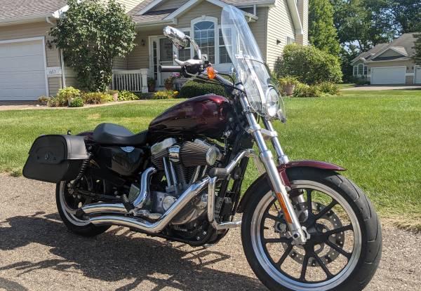Photo 2015 Harley-Davidson Sportster 883 - $6,750 (Kalamazoo)