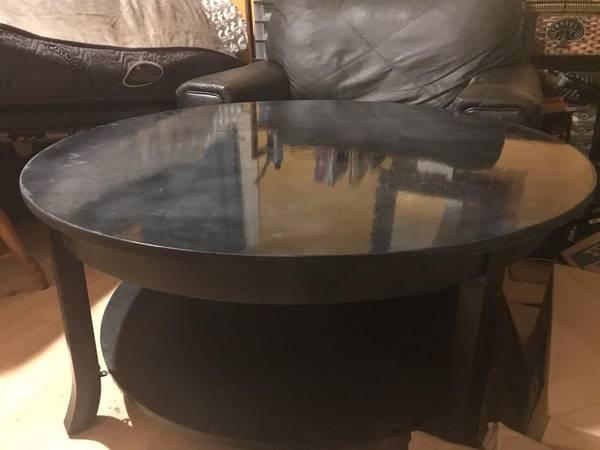 Photo 4 piece living room set - $400 (Battle creek)