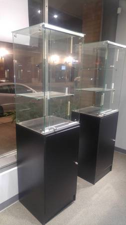 Photo 5 commercial retail display cases for sale - $225 (East Lansing)