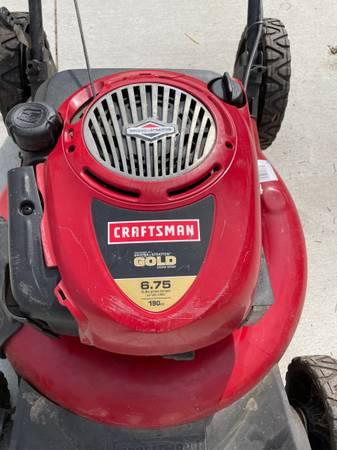 Photo Craftsman 6.75 - 21 lawnmower - $50 (Holt)