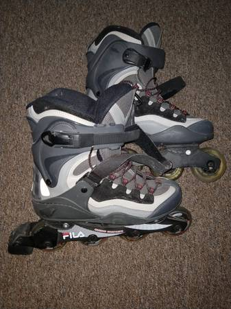 Photo Fila Roller Blades - $80 (Coldwater)