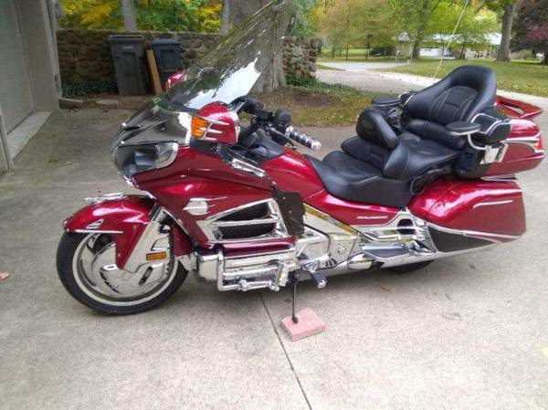 Photo For Sale 2013 Honda Gold Wing GL1800 New Condition - $16,900 (Marshall)