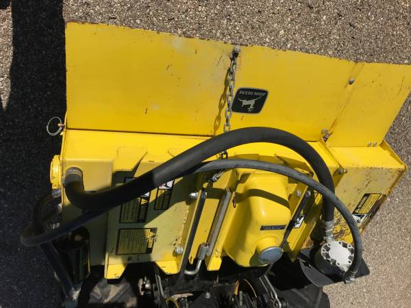 Photo John Deere 318322332430 tiller - $950 (Holland)
