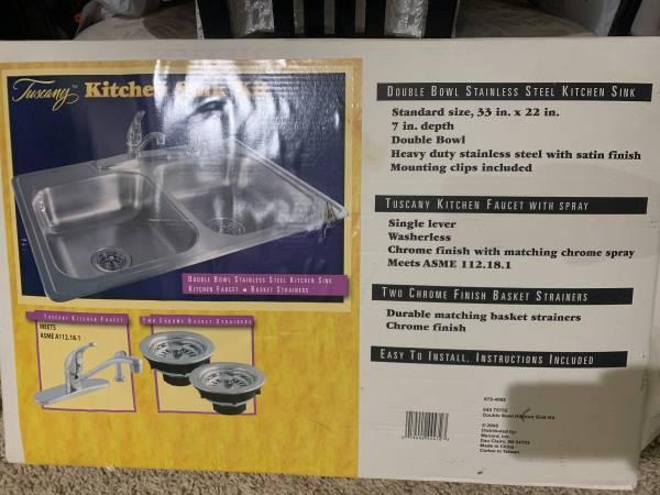 Photo Kitchen sink kit - $100 (Rockford)