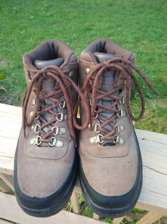 Photo Lk Real leather Wolverine Steel Toe Work Boots Women39s size 8.5 EUC - $30 (GR SEWyoming)