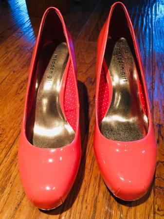 Photo Madden Girl Dark Peach Color High Heels Pumps Size 8 12 - $17 (Marshall, MI)