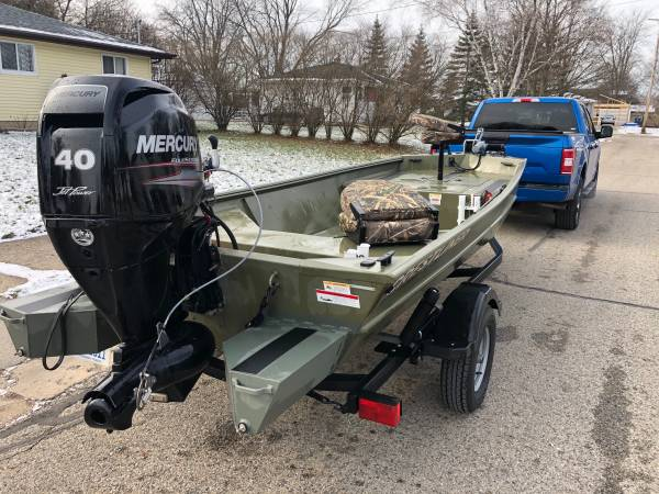 Photo River Boat - 2016 1650 Crestliner Retriever Deluxe - $16,000 (Sparta Mi)