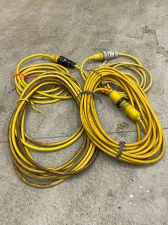 Photo Shore power cords - $100 (Fennville)