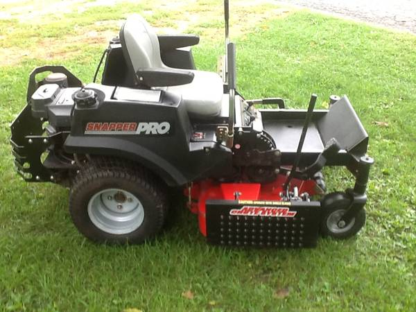 Photo Snapper Pro 48quot commercial MULCHING zero turn mower some trades - $2,100 (Bellevue)