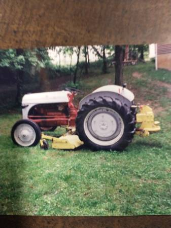 Photo Three-point hitch belly mower deck - $300 (Dowling)
