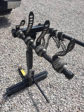 Photo Thule Bike Rack - $200 (BELLEVUE)