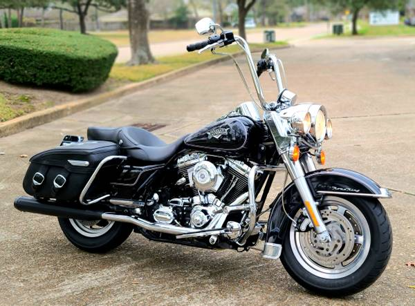 Photo 2000 Harley Road King - 95 C.I. FI - Clean, Loaded - Low Miles - $6,900 (West Houston)