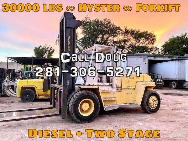 Photo 2000 Hyster Forklift Two Stage (Houston)