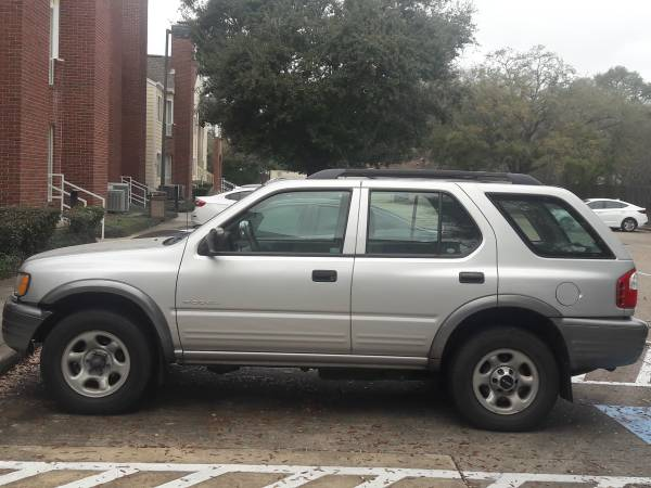 Photo 2002 Isuzu Rodeo one owner fully loaded runs and drives excellent - $2350 (League City)