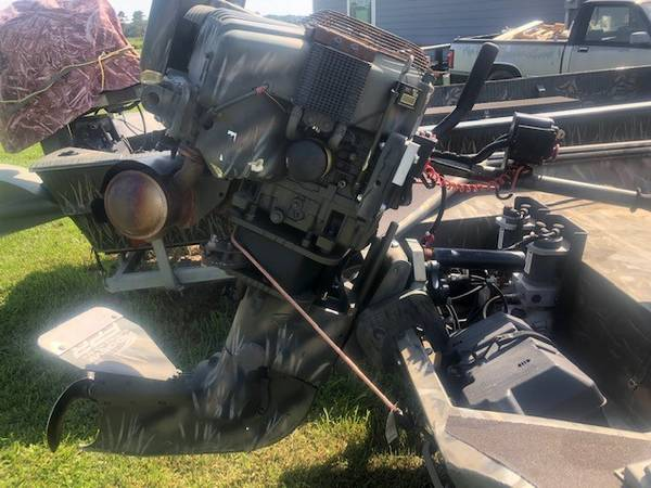 Photo 2012 Pro Drive Boat Motor - 20 Running Hours - Good Condition - $5,750 (Tomball)