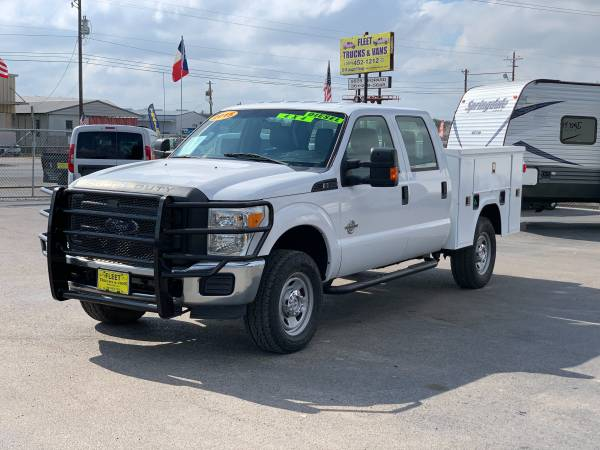 Photo 2015 FORD F350  CREW CAB  DIESEL SERVICE BODY WORK READY  - $24,999 (DELIVERED TO YOUR JOBSITE)