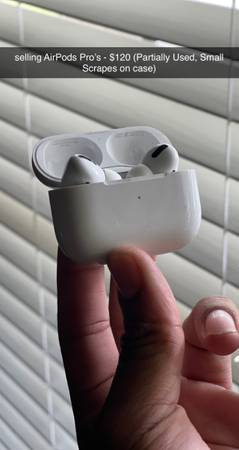 Photo Apple AirPods Pro (used) - $100 (Cypress)
