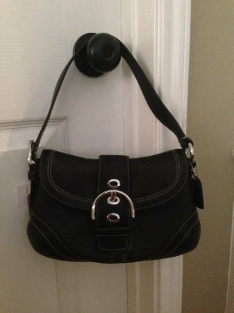 Photo Authentic Brand New Coach Purse - $125 (Katy)