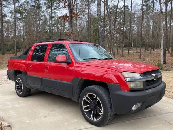 Photo Chevy avalanche truck- 5.3 vortec v8 clean - $4800 (Lufkin)