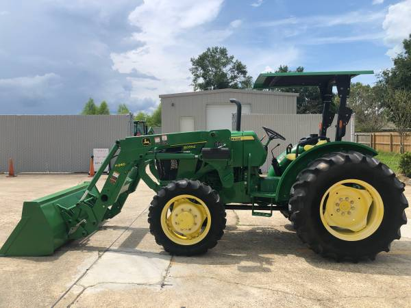 Photo John Deere 5055E Tractor 55HP 4WD Front End Loader SyncShuttle - $29,900 (Baton Rouge)