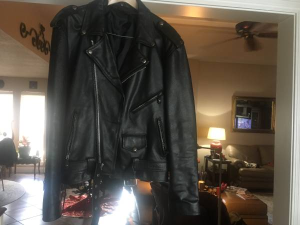 Photo Mens Motorcycle jacket - $50 (bridge city)