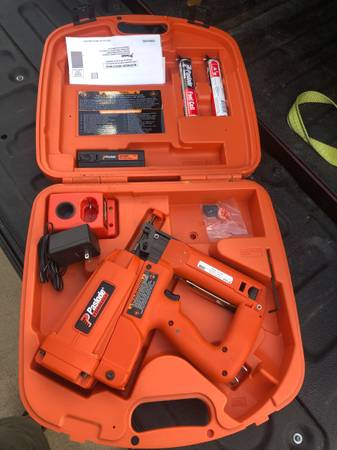 Photo New Paslode 16ga cordless Finish Nailer - $250 (Cypress)