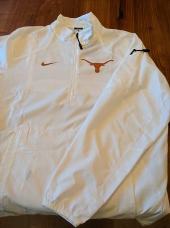 Photo Nike Texas Longhorns Jacket - Men39s Small - $35 (Houston)