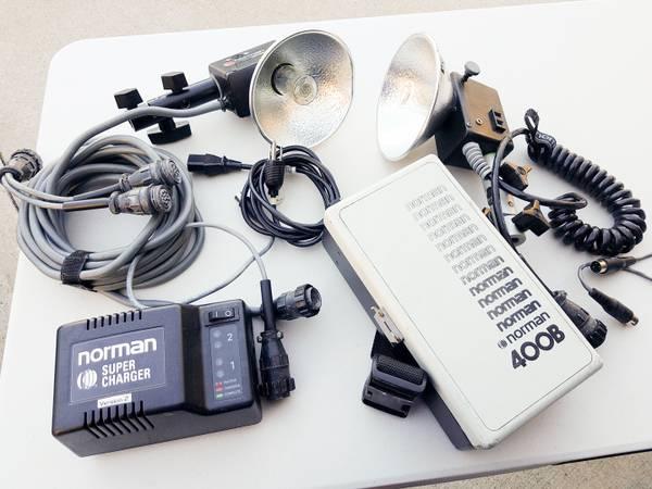 Photo Norman 400B portable light kit - $75 (Kingwood)