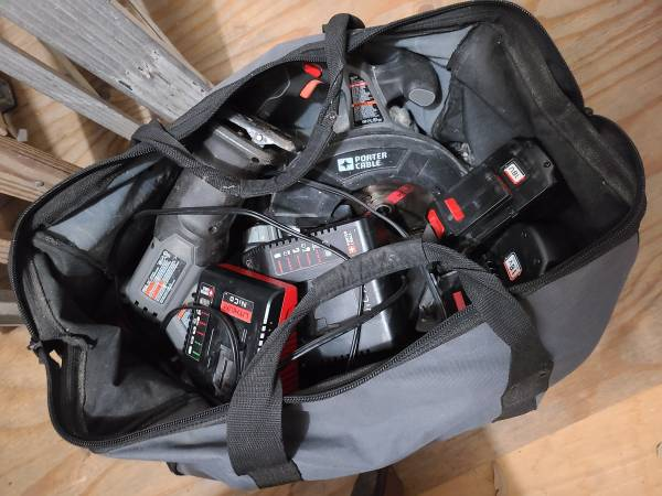 Photo Porter Cable 18v Tool Set 6 Pieces with 3 batteries and 2 chargers