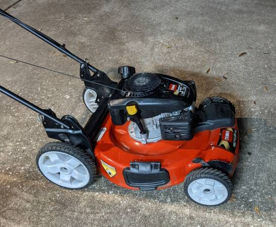 Photo Used Once Toro 22 in Self Propelled Gas Mower - $140 (Houston  Westchase)