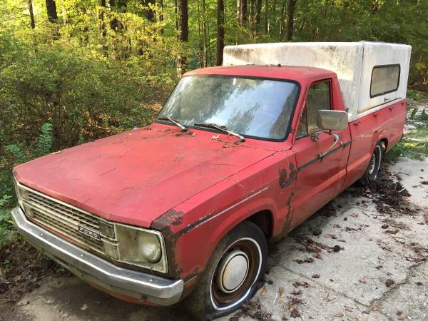 Photo 1981 Ford Courier project truck - $450 (Adamsville)