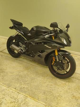 Photo 2007 Yamaha R6 - $6,000