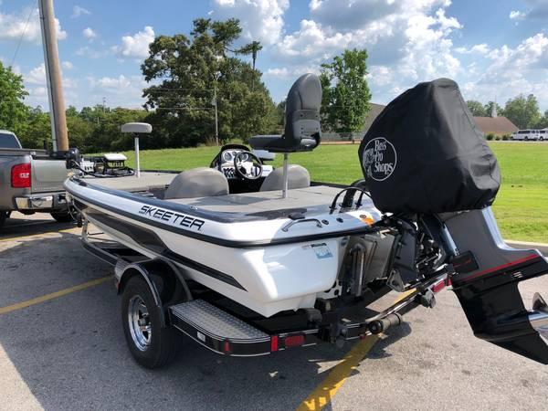 Photo 2010 Skeeter ZX190 Bass Boat - $26,000 (Trussville)