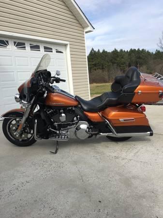 Photo 2016 Harley Davidson Ultra Limited - $16,900 (Crossville al)