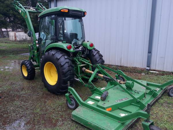Photo 2018 John Deere 4052r cab tractor with attachments - $62,000 (Woodstock Alabama)