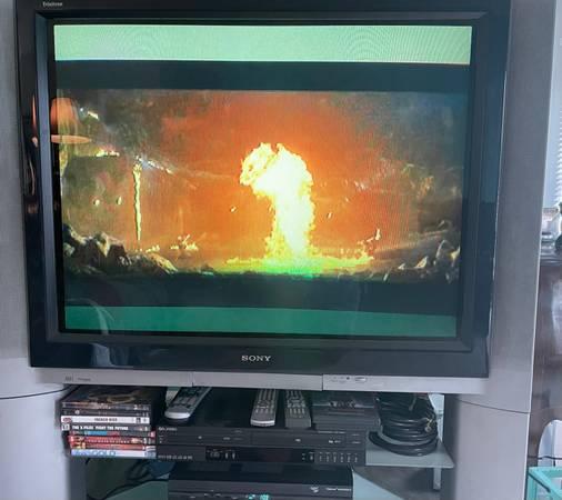 Photo 40quot Sony Trinitron TV - $1 (Pinson)