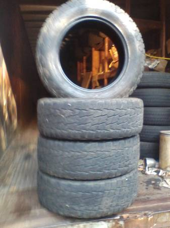 Photo 4 nitto terra grappler 27565r20 - $100 (Birmingham)