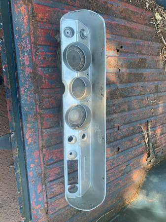Photo 64-65 chevelle dash gauges and switches with key - $100 (tn)