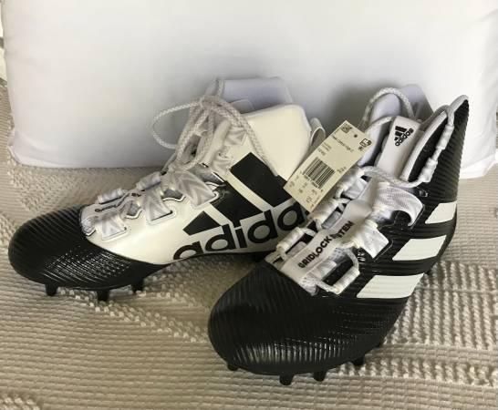 Photo Adidas Football Shoes - $30 (Birmingham)