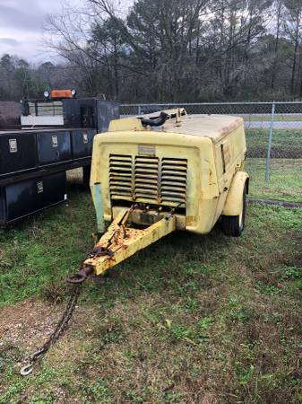 Photo Atlas Copco Air Compressor and Sand Blaster - $4500 (Pinson)