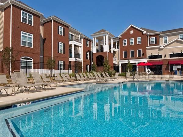 Photo East Edge Apartments - $1000 INCENTIVE (University of Alabama)