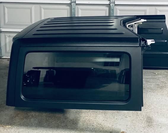 Photo NEW Jeep Wrangler 2 Door HARD TOP JL 2018-20 Hardtop OEM Mopar Factory - $2,250 (Marietta)