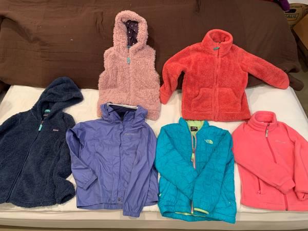 Photo Patagonia, North Face, Marmot, Mini Boden, Columbia jackets