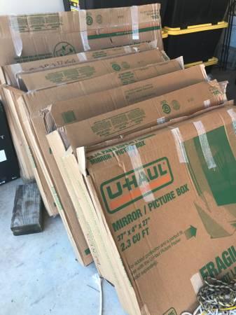 Photo Uhaul boxes (Moody)