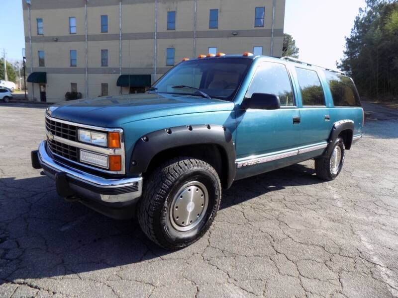 Photo Used 1992 Chevrolet Suburban 4WD 2500 for sale
