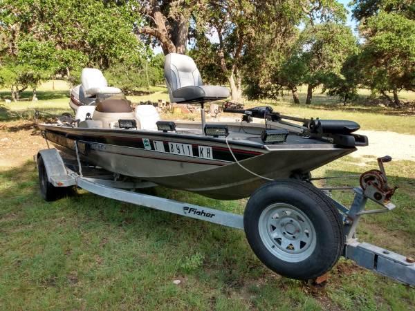 Photo 1998 Bass Tracker Pro Team 175 - REDUCED PRICE - $5,700 (Kendalia)